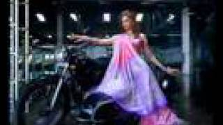 Seemati Silks (Deepika Padukone & Shreya Sharan) - Indian TV Commercial / Advertisement