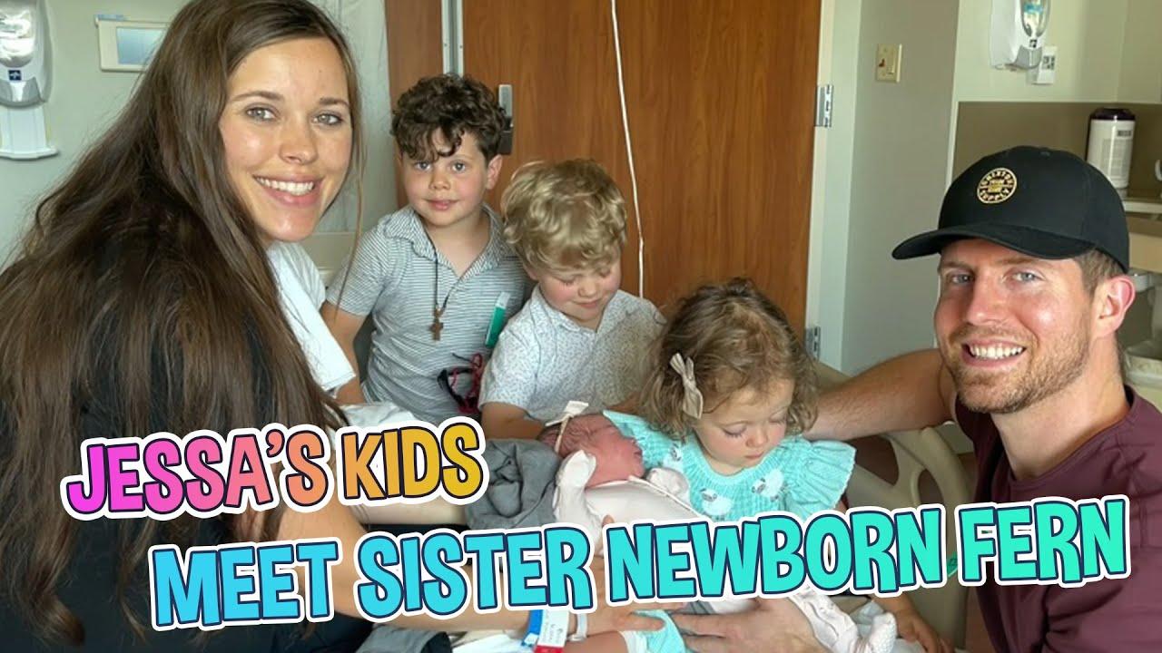 DUGGAR NEWBORN!!! Jessa Duggar's Kids Meet Their Little Sister Newborn Fern Elliana