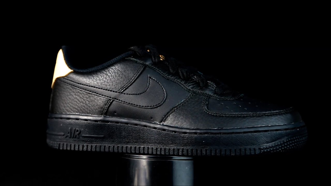 low priced 7d953 4b15a Nike Air Force 1 negro. Mayka Zapatos