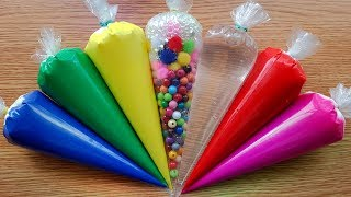 Making Crunchy Slime With Piping Bags 12