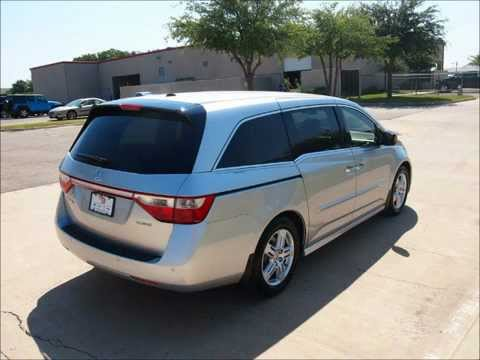 2012 honda odyssey touring van passenger has 14 k miles. Black Bedroom Furniture Sets. Home Design Ideas