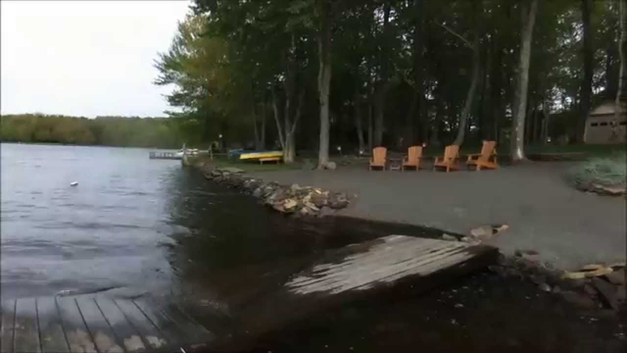 house vrbo pocono wallenpaupack for vacation luxurious poconos sale rental lake lakefront pa cabins in pin br