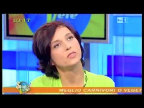 (Vegan) - Guarisce da anemia con dieta vegan - (Rai 1 Mattina - Agosto 2012)