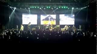 If I'm James Dean, You're Audrey Hepburn - Sleeping With Sirens (Live in Manila)