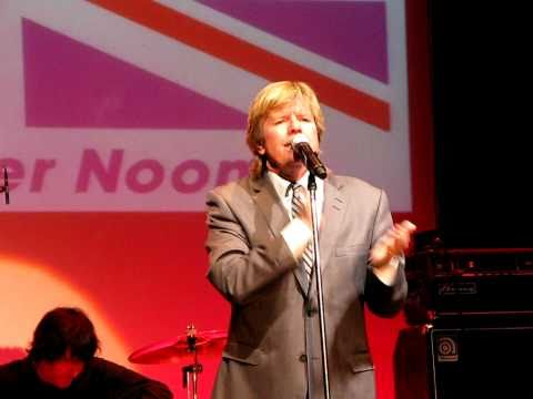 Peter Noone: CantUHere Mrs Braun