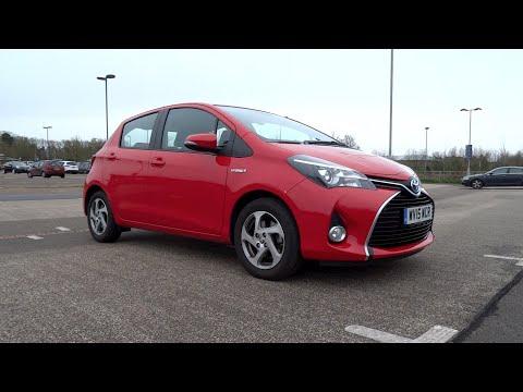 2015 Toyota Yaris 1.5 VVT-i Hybrid Icon Start-Up and Full Vehicle Tour