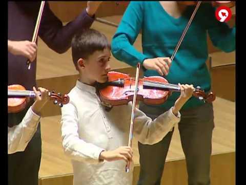 Noticia en Informativos Canal 9-Concierto CORDES&UTEM-Palau de la Música de Valencia