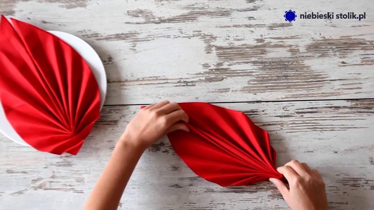 Składanie Serwetki W Liść Sklep Z Dekoracjami Dla Branży Horeca Niebieskistolikpl