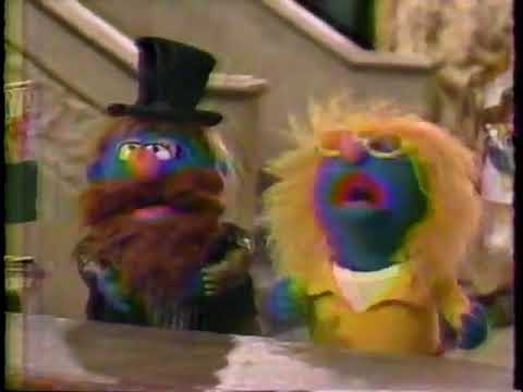 Classic Sesame Street - Invite To The Dance