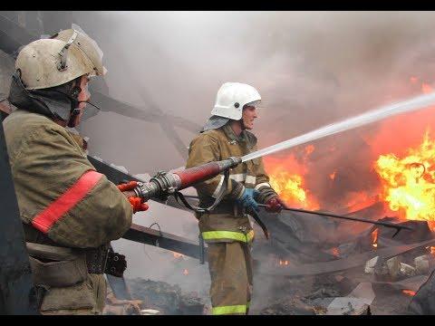 В Тазовском районе сгорел жилой вагончик, есть погибшие