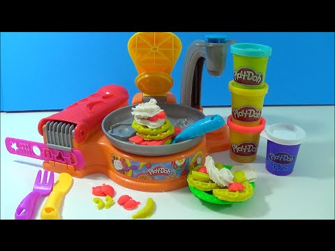Play doh flip 39 n serve breakfast waffles pancakes bacon whip cream play dough cocina para - Cocina play doh ...