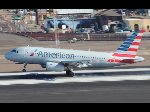 American Airlines Airbus A319-132 [N824AW] Landing In PHX