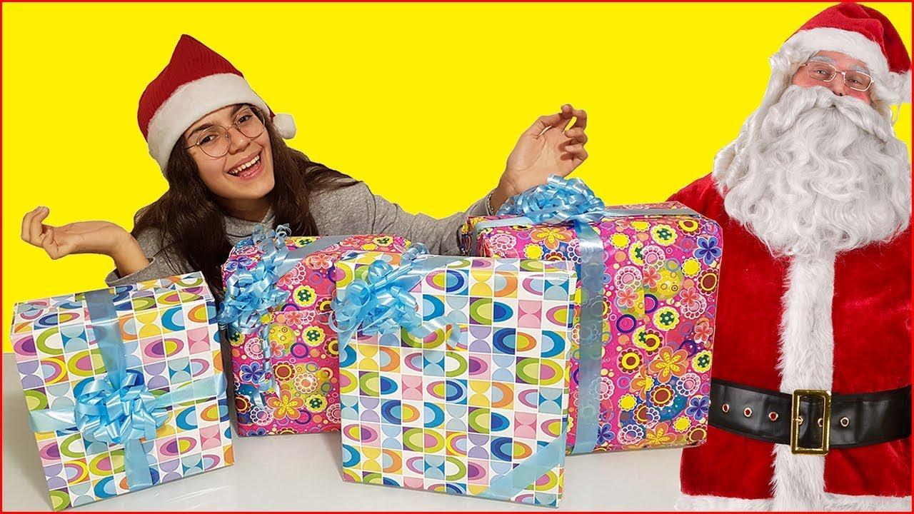 Regali Di Babbo Natale.Regali Di Natale Cosa Mi Porta Babbo Natale 1 By Giulia Guerra Youtube