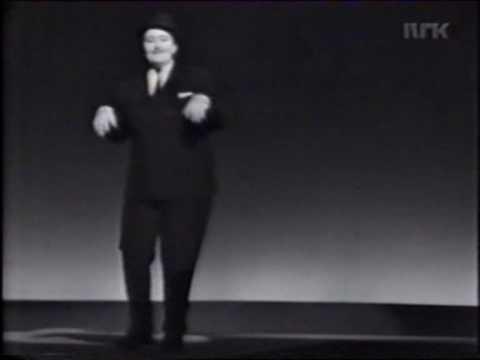 "Elisabeth Granneman synger ""Den store mann"""