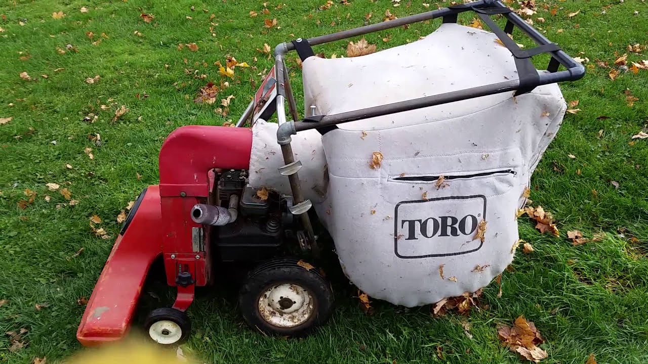 Vintage 1973 Toro Leaf Vacuum With 5HP BS Gas Engine
