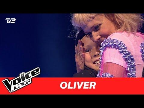 Oliver | 'Can't Help Falling In Love' af Elvis Presley | Blind 3 | Voice Junior Danmark 2017