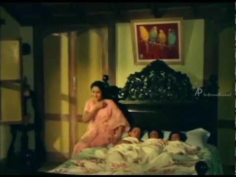 Download Gokulathu Kanna mp3 song from Gokulathil Seethai