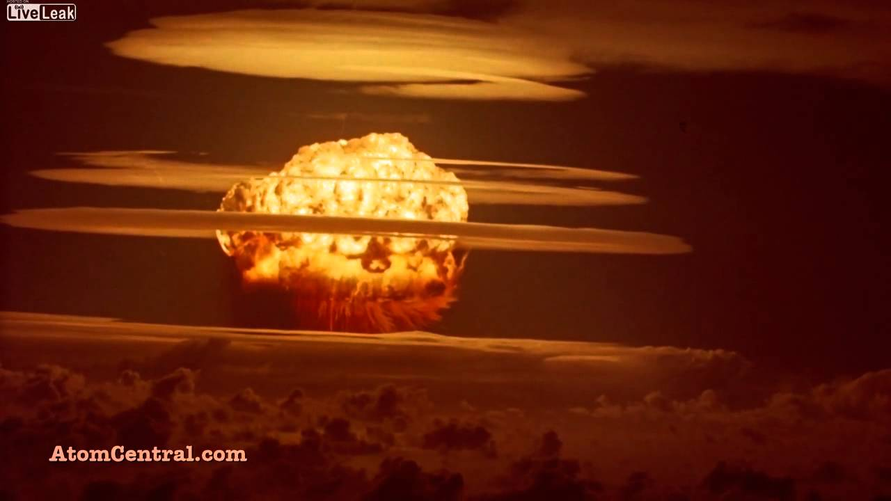 Explosion nucleaire en haute d finition youtube for Haute meaning