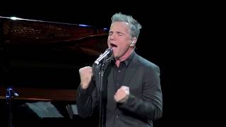 Bruno Pelletier - You Raise Me Up (Moscow, 2017 -11-06)