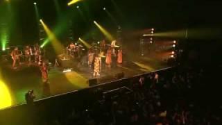 FOLY - Tiken Jah Fakoly (Live A Paris)