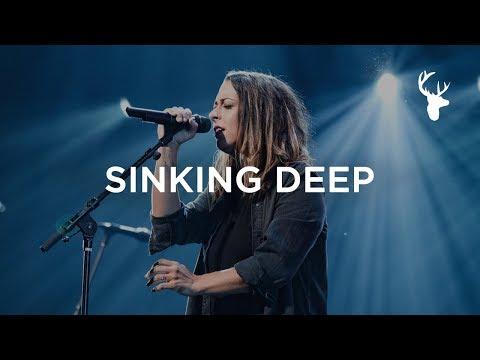 kalley - Sinking Deep | Moment