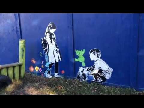Nora og den lille blå kaninen - en street art-barnebok