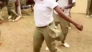 Nigerian sexy copper dancing shaku shaku