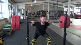 Massive Oberschenkel mit SuperSquats (Breathing Squats) !!!