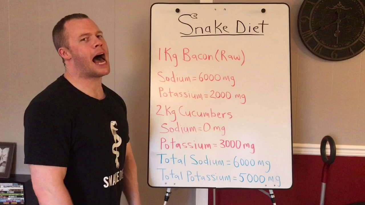 "The ""Snake Diet"" is the Craziest New Weight Loss Trend You Should Definitely Ignore"
