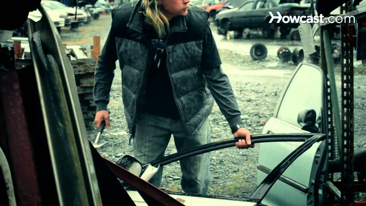 How to Buy Car Parts from a Junkyard - YouTube