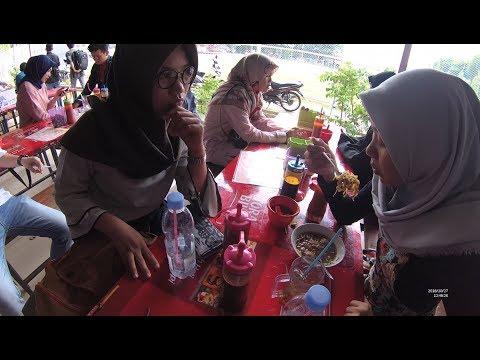 Indonesia Palembang Street Food 3651 Part.2 Bakso Pedjuang Pedes Nian YN010792