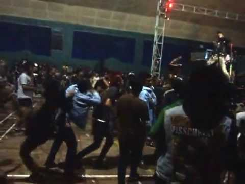 PKOi! - Penjahat Kelamin Oi! (Live)