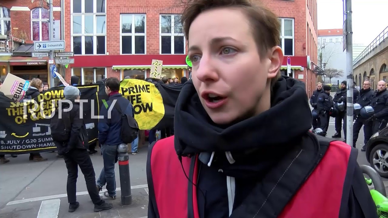 Black Friday In Germany Germany Employees Protest Amazon Working Conditions On Black Friday