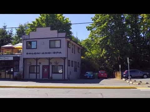 Chemainus BC Canada - Driving in City Centre/Downtown Area - Small Town Vancouver Island