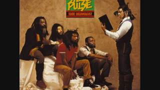 Watch Steel Pulse Find Itquick video