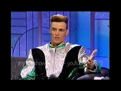 VANILLA ICE VISITS ARSENIO