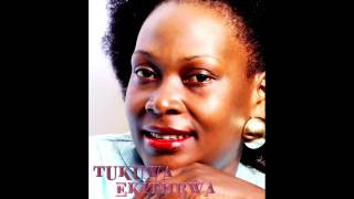 Tukuwa Ekitiibwa - Grace Mubiru