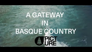 A gateway in Basque Country | Picture Organic Clothing