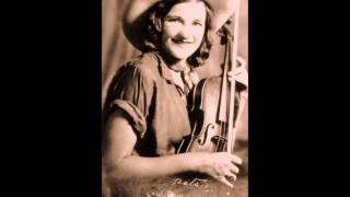 Early Patsy Montana -  When The Flowers Of Montana Are Blooming (1932).