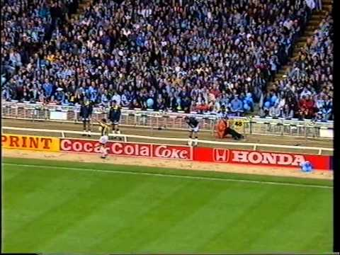 Wycombe Wanderers 1993/94 play-offs - 'The Only Way Is Up'