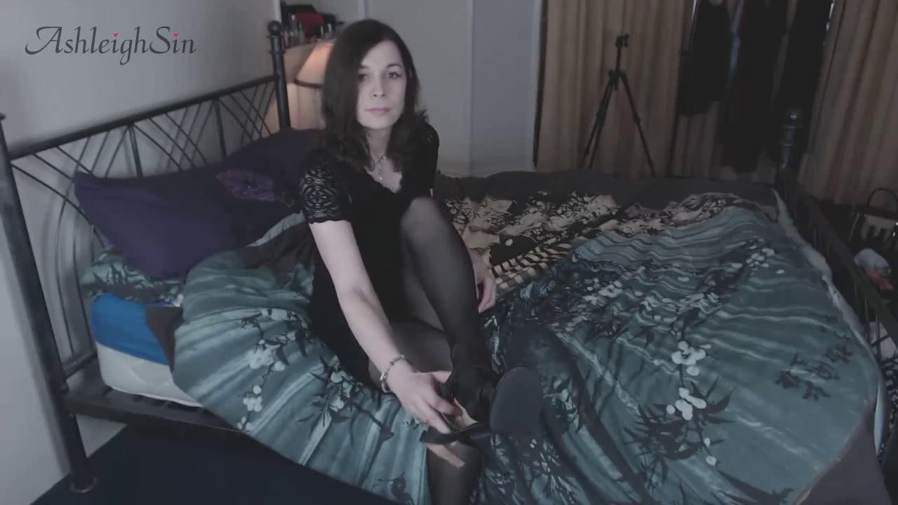 Tgirl Ashleighsin A Little Teaser  - Youtube-4106