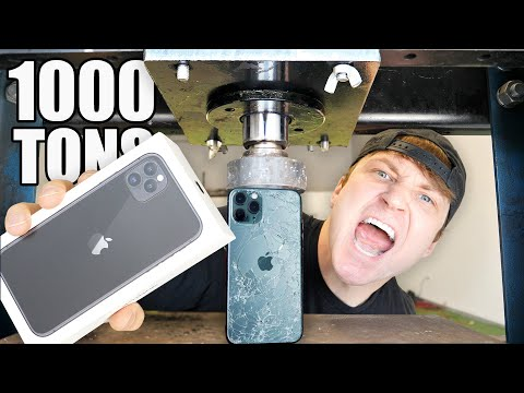 THIS IPHONE HAS THE WORLDS STRONGEST GLASS!!