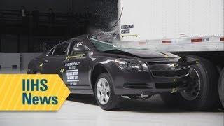 Most underride guards fail to stop deadly crashes - IIHS news