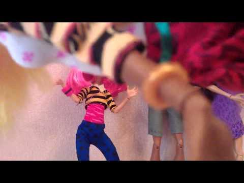 Обзор кукол монстер хай семья Вульф