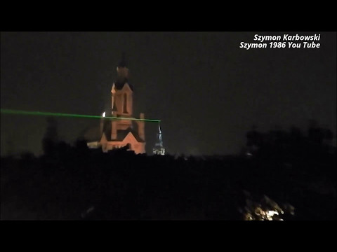Green laser pen 10mW 532nm beam by day & night range ~ 3,5km 2 x AAA 3V