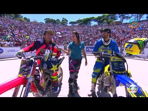 Duelo de Motos Esporte Espetacular  - Motocross  freestyle  Brasil  em Atibaia SP (COMPLETO HD)
