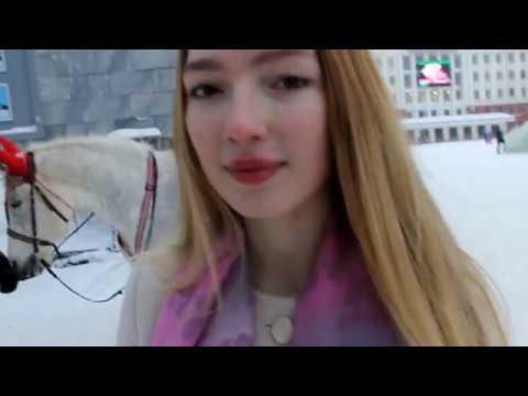 Изображение предпросмотра прочтения – АлисаСолодовникова представляет буктрейлер кпроизведению «Дама с собачкой» А.П.Чехова