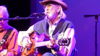 Don Williams - Some Broken Hearts Never Mend (Houston 11.13.14) HD