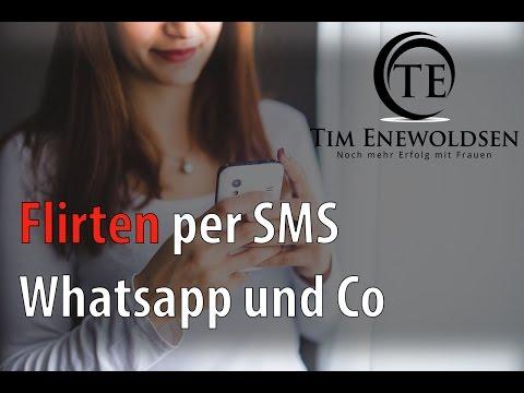 So Läuft FLIRTEN Per SMS Und What's App - Text Flirttipps
