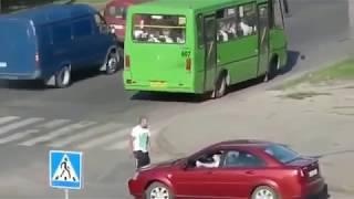 Драка на дороге (жесть 1080p)